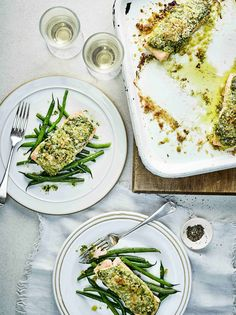 Try our salmon with pesto crust recipe. This baked salmon recipe uses a fresh shop bought pesto recipe, a super quick and easy salmon recipe in the oven Midweek Meals, Quick Easy Meals, Healthy Dinners, Healthy Lunches, Healthy Food, Yummy Food, Healthy Recipes, Baked Salmon Recipes, Fish Recipes