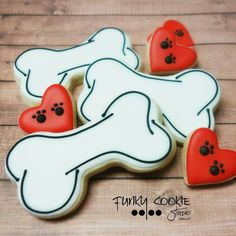 5 ingredients to avoid putting in your homemade dog cookies Cat Cookies, Valentine Cookies, Birthday Cookies, Cookies Et Biscuits, Sugar Cookies, Dog Cupcakes, Cupcake Cookies, Sugar Cookie Royal Icing, Dog Bakery