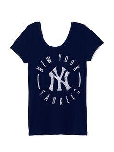 PINKNew York Yankees Double Scoopneck Tee