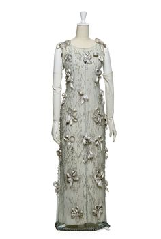 Evening dress designed by Edward Molyneux. Courtesy Gemeentemuseum ...