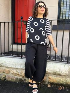 Demi Pant – This pull-on, cropped pant patternfeatures an elasticised waist and full l...