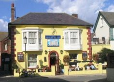 Pub landlandy plans an exorcism to get rid of ghostly barman Portsmouth Pubs, Portsmouth England, British Pub, Great British, Hampshire Uk, Hotels, How To Plan, House, Bartender