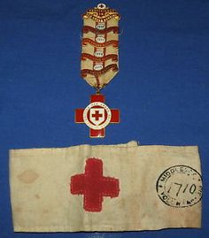 10 DAY AUCTION - Antique WWI GAUNT Red Cross Nurse War Medal & Ribbon & Middlesex Armband 1918
