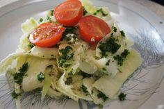 Raw Vegan Zucchini Pasta Dish