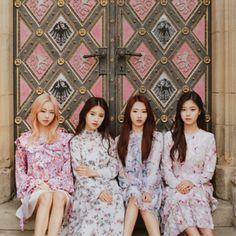 loona — love & evil album┊͙ loona South Korean Girls, Korean Girl Groups, Fandom Kpop, Singing In The Rain, Olivia Hye, Bridesmaid Dresses, Wedding Dresses, Photo Book, Mini Albums