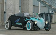See related image detail Volkswagen Bus, Vw Camper, Vw Rat Rod, Cool Old Cars, Vw Cars, First Car, Vw Beetles, Hot Rods, Antique Cars