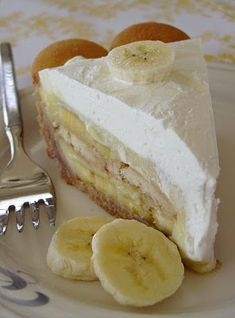 banana pudding pie. See the actual layers of banana slices?