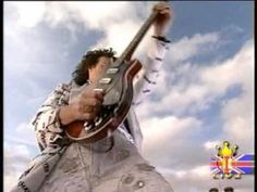 Brian May God Save the Queen - Buckingham Palace 2002 - YouTube