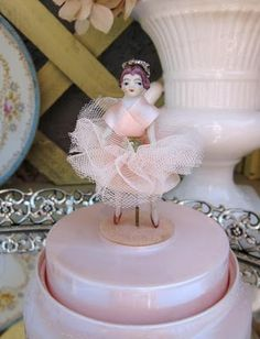sweet vintage music box