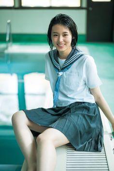 竹内愛紗、制服で今しかない青春の輝きを放つ in 2020 Cute Asian Girls, Sexy Hot Girls, Cute Girls, School Girl Japan, School Uniform Girls, Beautiful Japanese Girl, Beautiful Asian Girls, Girls In Mini Skirts, Japanese Models