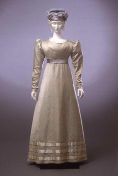 Dress, c. 1825.  Galleria del Costume di Palazzo Pitti.