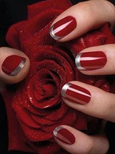 French Nail Art designs are minimal yet stylish Nail designs for short as well as long Nails. Here are the best french manicure ideas, which are gorgeous. French Nails, French Manicure Nail Designs, Nails Design, Red Gel Nails, Gel Nails At Home, Acrylic Nails, Pink Nail, Christmas Nail Art Designs, Christmas Nails