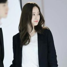 #fx #krystal #vousmevoyez Krystal Fx, Jessica & Krystal, Krystal Jung Fashion, Krystal Jung Style, Korean Celebrities, Celebs, Princess Style Wedding Dresses, Girls Foto, Pretty Females