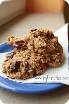 Healthy Choco-Cherry Oatmeal Cookie Recipe!