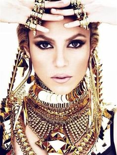 Shakira in Givenchy: our favourite Latina queen, dripping in gold jewellery.