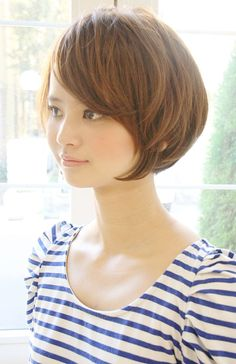 Asian Short Hair, Short Hair Cuts, Short Hair Styles, Cortes Bob, Hair Cutting Techniques, Corte Y Color, Short Bob Haircuts, Bob Styles, Love Hair
