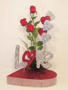 Valentines Centerpieces – Designs by Ginny Valentine Theme, Valentine Wreath, Valentines Day Hearts, Valentines Day Decorations, Valentine Day Crafts, Easy Diy Crafts, Diy Arts And Crafts, Diy Crafts For Kids, Holiday Centerpieces