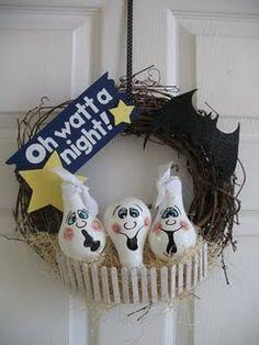 Cute ghost wreath with light bulbs!