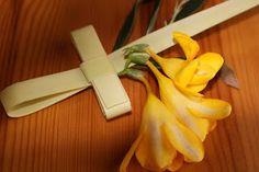 ΕΥΤΥΧΙΣΜΕΝΑ ΠΑΙΔΙΑ: Κυριακή των Βαΐων Celery, Vegetables, Tableware, Food, Religion, Fathers, Easter, Advice, Posts