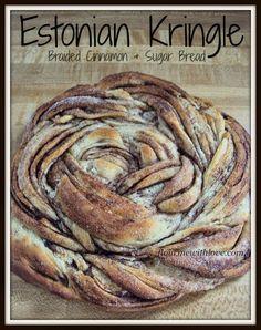 Estonian-Kringle-Braided-Cinnamon-Sugar-Bread-Flour-Me-With-Love skandinavisch Source by kblickratke Yeast Bread Recipes, Pastry Recipes, Baking Recipes, Dessert Recipes, No Yeast Bread, Cornbread Recipes, Jiffy Cornbread, Holiday Baking, Christmas Baking