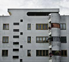 Hans Scharoun: Siedlung Siemensstadt, Berlin, a dynamic structure. Bauhaus, Architecture Antique, Modern Architecture, Mondrian, Hans Scharoun, Square Windows, Streamline Moderne, Constructivism, Art Deco Home