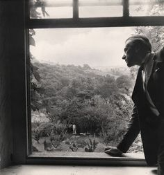 """holdhard: """" A Farewell to Ashcombe by Cecil Beaton National Portrait Gallery """" Agnes Martin, Litho Print, Cecil Beaton, National Portrait Gallery, Indie Movies, Elements Of Design, Late 20th Century, Ways Of Seeing, Real Beauty"""