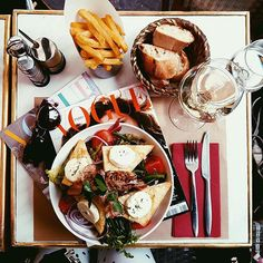 Can't stop thinking about this ❤️ goat cheese, wine and Vogue! #paris #pigalle #vogueparis