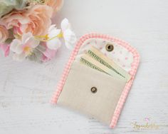 Mini Card Wallet + Sewing Tutorial + Free Pattern, linen wallet, small wallet, easy sewing projects, gingham binding, how to sew a wallet, small hand bag, pouch, coin purse, coin bag
