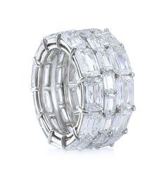 Three-Row Ashoka Full Eternity Ring. 14.03ct of Ashoka diamonds - A splendid, dazzling full eternity ring from Boodles, set with 38 Ashoka cut diamonds of 14.03ct in a three-row platinum setting.