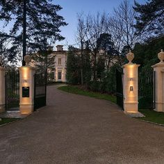 Entrance and driveway to a property ... #entrance #driveway #exclusive #private #impressive #pillars #estate #property #gated #secure #security #gates #house #home #expensive #mansion Front Gates, Entrance Gates, Entrance Ideas, Driveway Entrance, Driveway Ideas, Long Driveways, Gate House, Gate Design, House Design