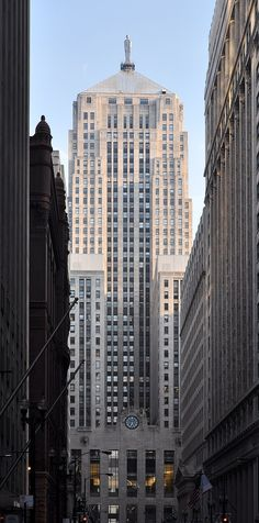 Chicago Board Of Trade Building. The Chicago Board of Trade Building is a skyscraper located in Chicago, Illinois, United States. It stands at 141 W. Jackson Boulevard at the foot of the LaSalle Street canyon, in the Loop community area in Cook County. Chicago Buildings, Art Deco Buildings, Barack Obama, Chicago Art, Chicago Illinois, Chicago Skyline, My Kind Of Town, Statue, Amazing Architecture