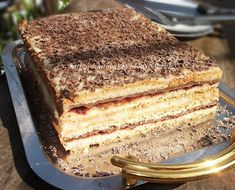 diana's cakes love: Prajitura Ramona- foi, nuca si crema de vanilie Dessert Cake Recipes, Desserts, Food Cakes, Homemade Cakes, Cheesecakes, Tiramisu, Gem, Good Food, Sweets