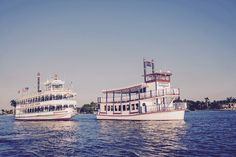 Cruise through the last day of the work week and breathe in that fresh ocean breeze! #JungleQueenRiverboats #ThingsToDoInFtLauderdale #DownLasOlas #Cruising #YayForFriday