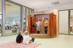 Groepslokalen rondom inspirerende leerpleinen voor kindcentrum Aquamarijn in Nijmegen.