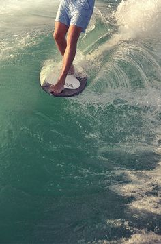 Life on the Edge. Couldn't hv described that any better  #driftingthru #skimboard #skim