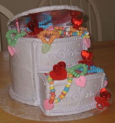Is It Easier To Fondant A Round Or Square Cake