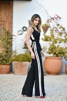10 Proof that the sports pants are still very cool - Fashion Trends Classy Outfits, Chic Outfits, Sport Outfits, Beautiful Outfits, Summer Outfits, Fashion Outfits, Fashion Trends, Funky Fashion, Look Fashion