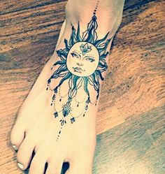 Beautiful Sun tattoo on foot! I am in love with this design!♡ it is absolutely perfect☆ summer sun free spirit positivity