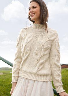 ALLES NATUR Das dekorative Blattmuster des Pullovers kommt auf dem glatt linken Grund besonders plastisch zur Geltung. Es wird auch auf dem Rückenteil gearbeitet. Bündchen und Blenden sind mit verschränkten Maschen gestrickt. Aus...