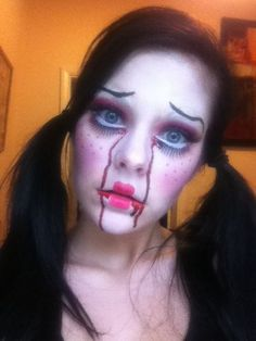 Might do my eyebrows like this for the marionette doll make up?