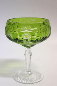 Glas Sektschale in grün der Marke Nachtmann. Serie Traube 24% Bleikristall Abmessung ca. H=13,2 cm D=9,2 cm Guter gebrauchter Zustand