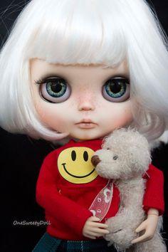 Anays - RBL usine Blythe OOAK Cheveux blanc court