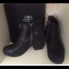 "Eileen Fisher suede ankle booties size 8 Super comfy ""wear with anything"" ankle boots patchy suede, boxy 3"" heel, 1""platform. Right toe has slight repair gluing suede back on. Not noticeable. Otherwise perfect condition, only slightly worn Eileen Fisher Shoes Ankle Boots & Booties"