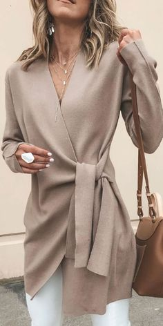Solid Color V-Neck Casual Outerwear Sweater Solid Color V-Neck Casual Outerwear Jacket – Arcladyshop Casual Outfits, Fashion Outfits, Womens Fashion, Fall Outfits, Work Outfits, Fashionable Outfits, Fashion Clothes, Fashion Belts, Dress Clothes
