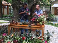 O engenheiro florestal Murilo soares mostrou no 'É de Casa' como cultivar plantas (Foto: Shaulla Rodrigues / Gshow)