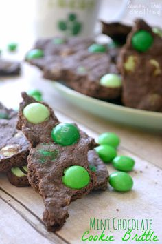 Mint Chocolate Cookie Brittle - like a mix between a brownie and a Thin Mint! Perfect for St. Patrick's Day!
