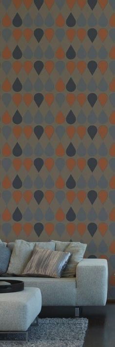 Love the color palette on this drop patterned retro wallpaper