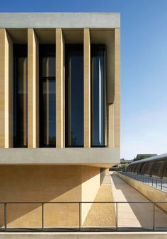 Image 17 of 23 from gallery of Sainsbury Laboratory / Stanton Williams. Photograph by Hufton+Crow Building Facade, Building Design, Modern Buildings, Beautiful Buildings, Contemporary Architecture, Architecture Design, Stanton Williams, Public, Facades