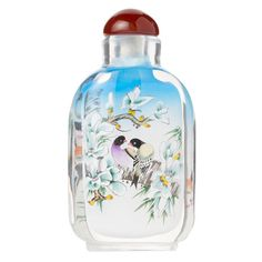 Decorative and collectable pastel birds snuff bottle featuring a design created by inside-painting.