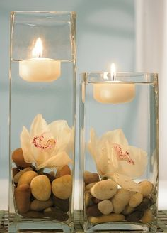 Glass cylinder with floating candle centerpeices